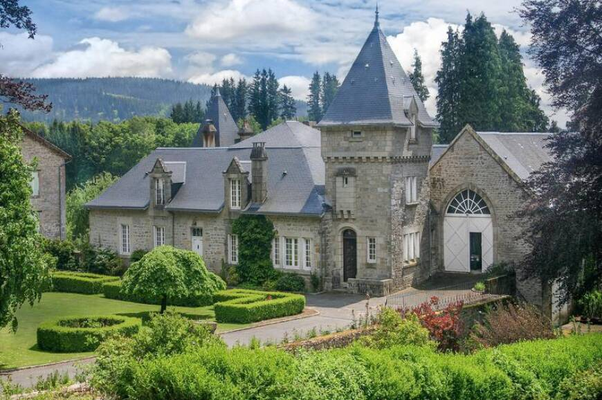 6 bedroom Castle for sale in Bourganeuf, Creuse, France